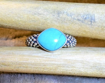 Vintage Sterling Silver and Turquoise Ring, size 9.75