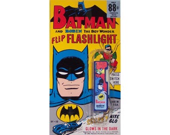 1966 Batman Bantamlite FLIPPO FLASHLIGHT complete on display card reproduction