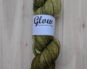 Golden Pear single skein