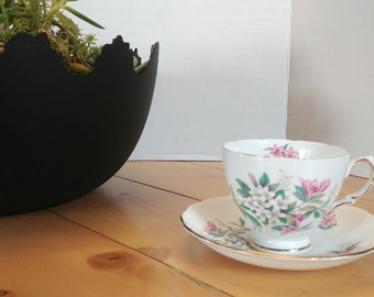 Vintage Royal Vale by Ridgway Potteries Ltd Tea Cup and Saucer with Pink and White Flowers 7672 A5