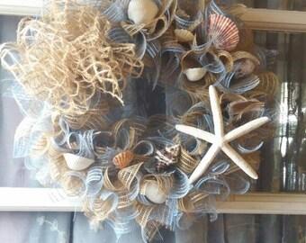 Beach shell wreath