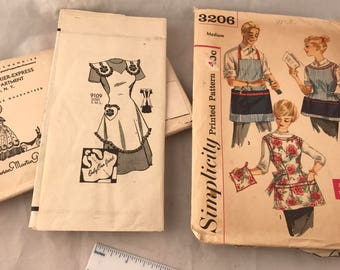 vintage Apron Pattern lot of 2 Simplicity 3206 med + Marian Martin 9109 small Used Cut Complete r4