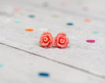 Flower Earrings in Pale Pink made from Stainless Steel, Nickel Free for Sensitive Ears