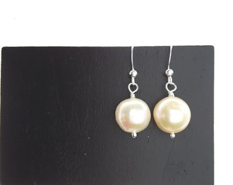 Large Ivory Freshwater Pearl Drops . Chic Earrings . Bridal Earrings .