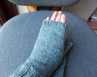 Luxury ladies fingerless  gloves   Pure wool gloves Gloves made with the same wool that has made lord of the rings costumes