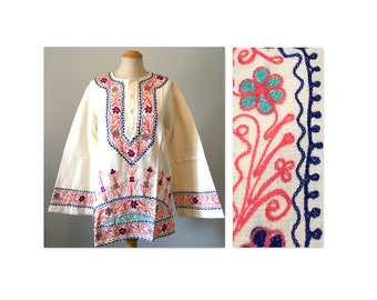Vintage 60s Flower Power Hippie Top S M Embroidered Tunic