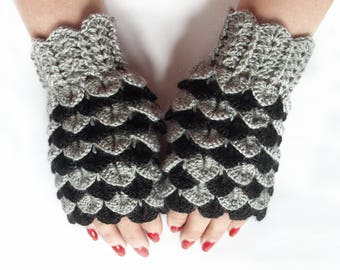 Ready to Ship - Dragon Scale Fingerless Gloves, Dragon Gloves, Crocodile Fingerless Gloves, Gift For Her, Gift For Christmas