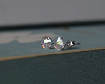 Crystal stud earrings, Swarovski clear crystal, sterling silver post, 6mm stud, simple and pretty, shimmer style