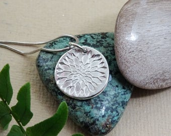 Flower necklace, Nature inspired, Chrysanthemum flower pendant, contemporary jewellery, garden lover gift, present for wife, mother's day