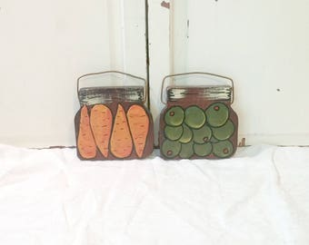 Vintage Kitchen Wall Hangings | Folk Art Olives and Carrots