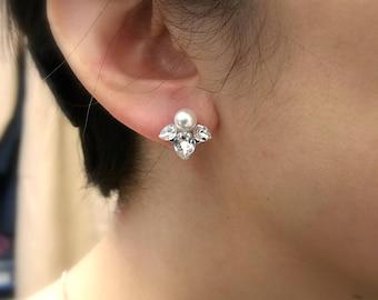 SM bridal wedding earrings christmas prom bridesmaid gift simple teardrop Swarovski clear crystal rhinestone stud swarovski round pearl post