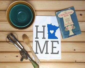 Minnesota State Flour Sack Towel, Minnesota State Tea Towel, Flour Sack Tea Towel, Housewarming Gift, Wedding Gift, Kitchen Decor, State Art
