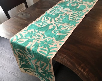 Exqusite embroidery! Otomi Turquoise Piece
