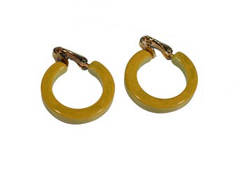 Vintage Bakelite Yellow Hoop Clip-On Earrings