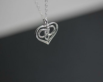 Entwined Silver Infinity Heart Necklace - Heart Infinity Necklace - 925 Sterling Silver Infinity Necklace - Heart necklace - Gift for her