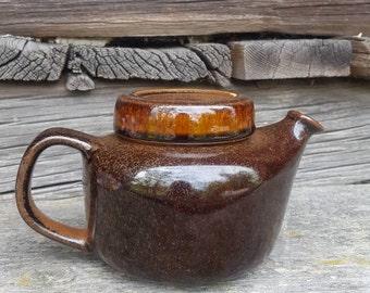 Arabia Teapot Fx2 Mahonky Designed by Ulla Procope 1965 Finnish modern design