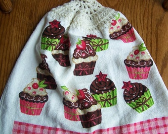 Lots of Cupcakes Crocheted Kitchen Towel