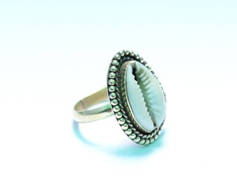 Cowrie Shell Ring, Shell Ring , Cowrie Brass Ring, Brass Ring, Gypsy Ring, Beach Ring, Boho Ring, Handmade Ring, All Size