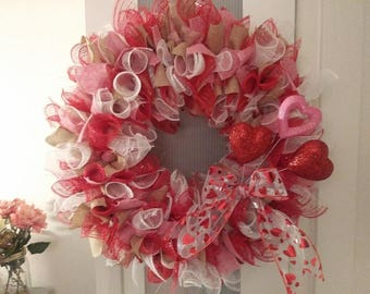 SALE - Large Valentine Deco Mesh Spiral Wreath - FREE Shipping - Valentine Ribbon Wreath with glitter hearts - Holiday, Valentine's Day