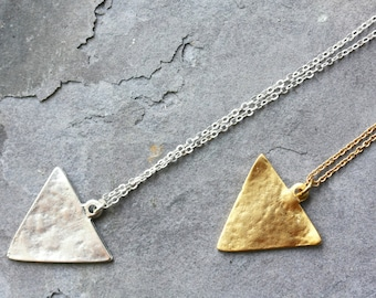 geometric necklace, triangle necklace, long necklace, geometric jewelry, minimal necklace, minimal jewelry, minimal jewellery, gold triangle