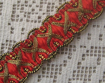 3 Yards Fancy Metallic And Fabric Sewing Trim In Red And Gold