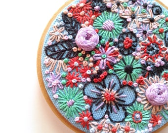 BOUQUET ON BLUE, Embroidery Hoop Textile Art Piece, Small Floral Wall Art, Lilac, Creamy Peach, Soft Green, Rusty Red Flowers