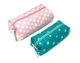 Kit for your purse, school, work or for your daily commute. Stars and polka dots. Available immediately.