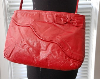 Vintage 80s Purse - Sweetheart of a Bag - Red Leather - Adjustable Skinny Strap - Bow Detail