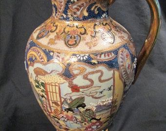 Gorgeous Satsuma pitcher with a great amount of detail