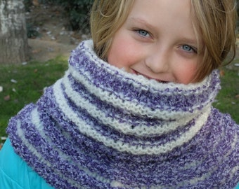 Teen Girl Bouclé Chunky Hooded Cowl, Snood, Neckwarmer, Purple and White,Reversible, Seamless