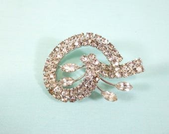 Vintage brooch - silver enameled metal with clear round and marquise rhinestones
