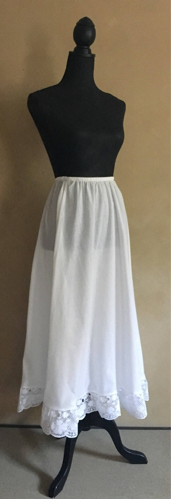 Vintage Petticoat Skirt with Lace  Trim 1970's - made in USA