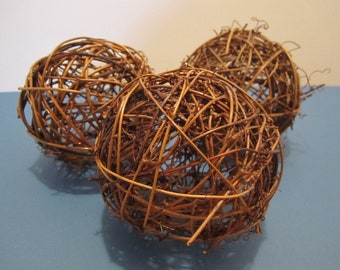 "Grapevine / Twig Balls - 4"" / 10cm - Brown - Set of 3"