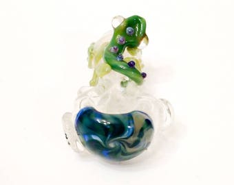 Green & Double Amber Purple Lizard Blue and Yellow Color Changing Hand Blown Glass Tobacco Pipe with Flower Stamp