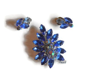 Sparkling Aurora Borealis Cobalt Blue Stone Vintage Brooch and Clip Earrings Set Eye Popping Beauty