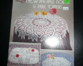 American School Of Needlework New Pineapple Doilies & Table Toppers Or Table Toppers Pattern Books