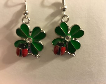 Four leaf clover with lady bug earrings   X27