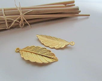 10 charm leaf 32 x 13 mm metal gold-hole 2 mm - 478.22 pendant