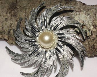 Large Silver Pinwheel Brooch by Sarah Coventry, Over Sized Vintage Silver and Pearl Brooch, 1960s Jewelry