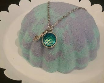 Surprise Mermaid Necklace  Bath Bomb- Jewelry Shell Bath Fizzy, LUSH like Bombs