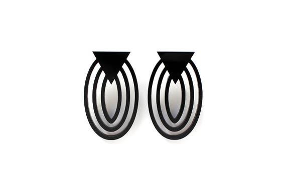 Earring Mutation 07 - black triangle - statement jewellery - contemporary jewelry - minimalist - designer accessory - lasercutting - acrylic