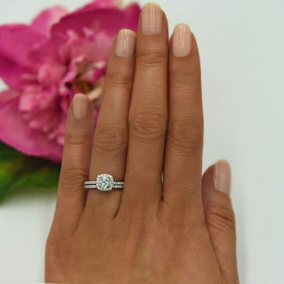 34 ctw Classic Square Halo Bridal Set Round Engagement Ring