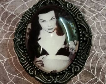 Vampira Brooch- Vampira jewelry -Maila Nurmi jewelry -Halloween
