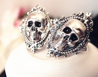 Atropine-- skull Ring-adjustable-steampunk-Victorian-edgy chic- statement-armor ring VS031