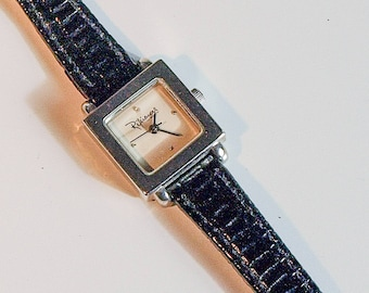 Vintage chrome small square ladies watch with black leather strap