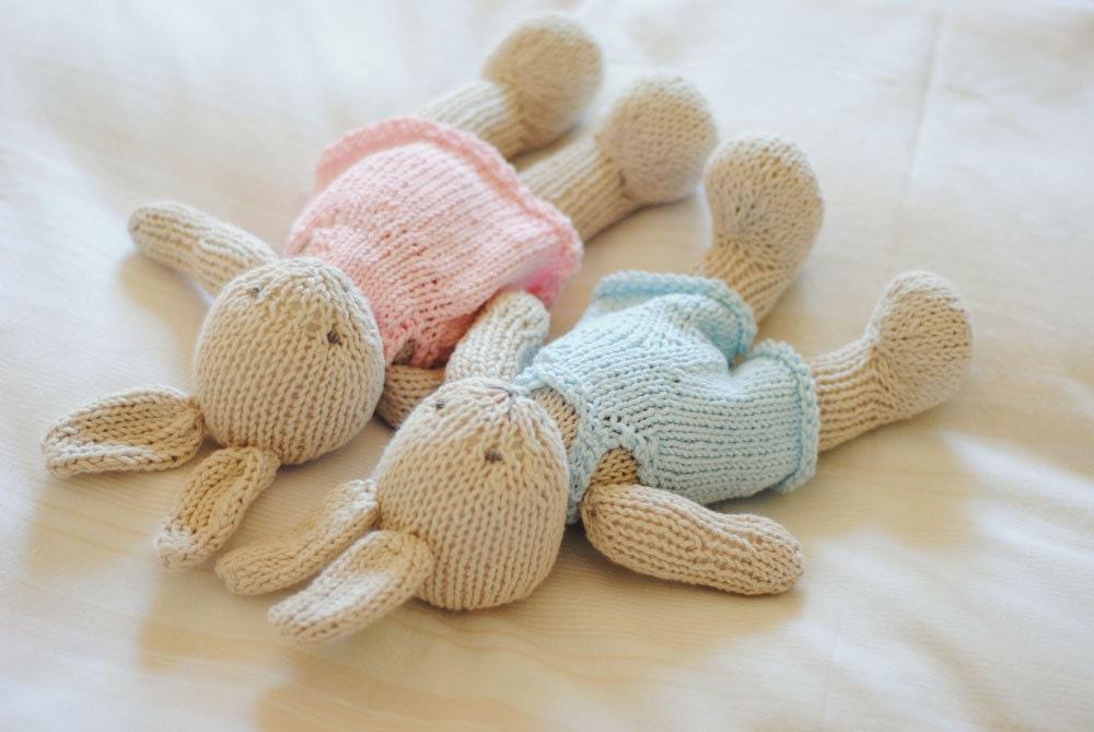 Muñeco tejido a mano amigurumi baby shower regalo bebés
