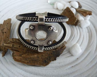 Mens black leather and spends leather silver plated bracelet