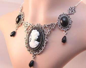 Necklace/necklace - Gothic cameo, black
