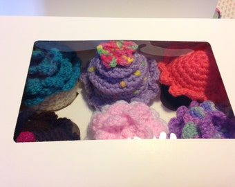 Set of 6 Handmade Crochet cakes in box great for children's imaginative play or just looking pretty!