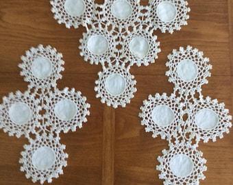 Antimacassar, Dresser Cloths, Doilies, Vintage 3 piece set, Off-white